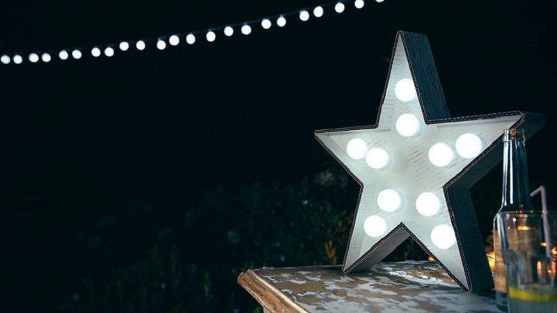 Lampade Da Tavolo Decorative Quelle Da Avere In Vista Del Natale