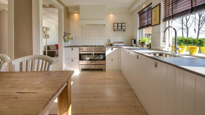 Top cucina in legno: pro e contro