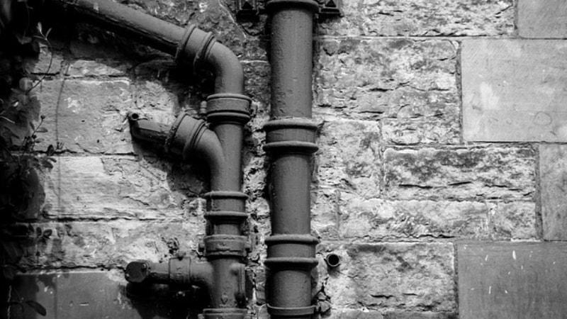 Come trovare la perdita di acqua di un tubo interrato - Come trovare perdita acqua da un tubo interrato ...