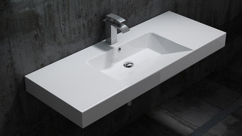 Sovrapposizione vasca da bagno: come funziona e quanto costa