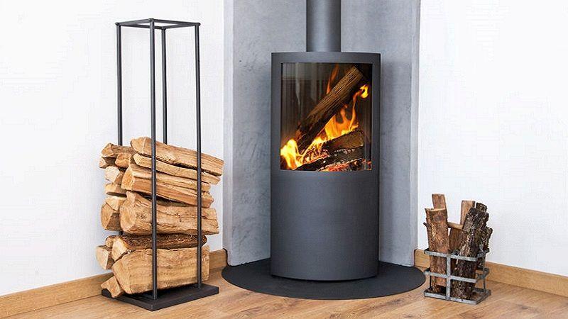 Stufa a legna con forno
