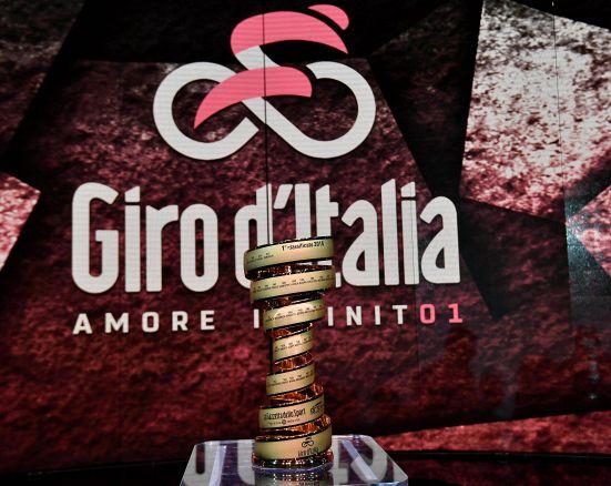 Giro d'Italia: le nuove magliette sono leggerissime