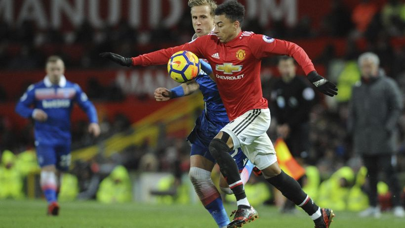 Premier League: 3-0 allo Stoke, United a -12 dal City