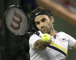 Indian Wells, Federer vola a semifinale