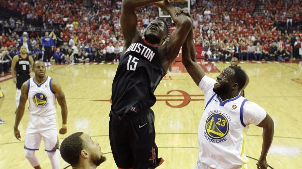 Houston reagisce e batte Golden State: finale sull'1-1