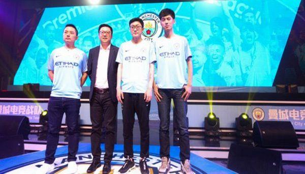 Il Manchester City arriva in Cina per assoldare nuovi player