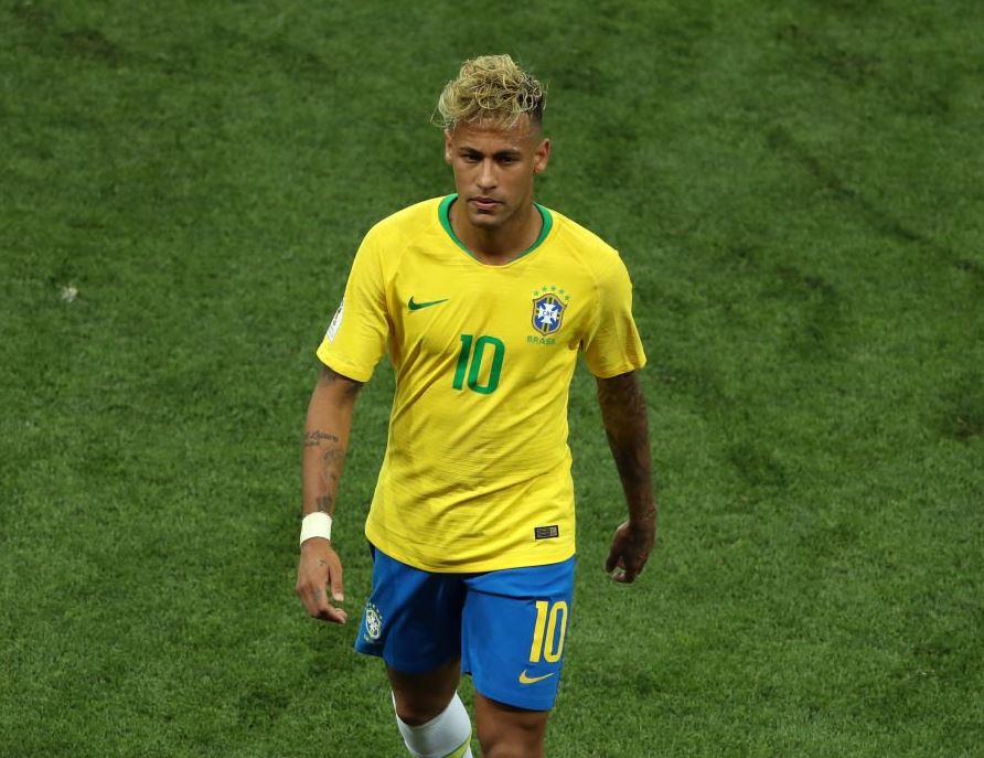 Neymar capelli biondi