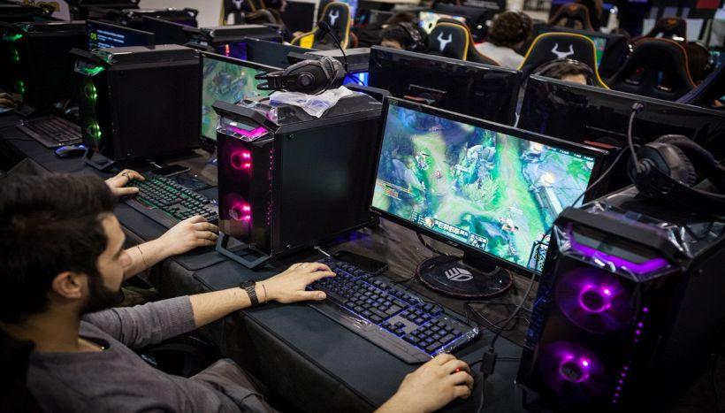 ESport, come si può diventare ricchi giocando ai videogames