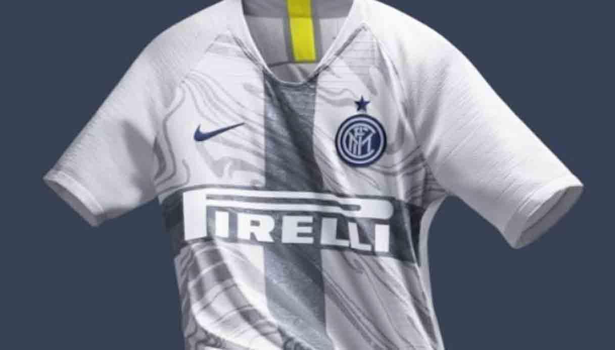 b88292e71 Maglia Inter senza pace, sarà a strisce diagonali nel 2019? - Virgilio Sport