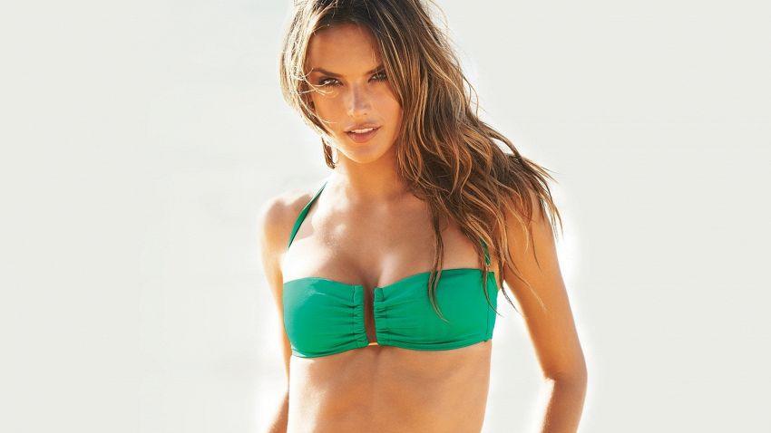 Alessandra Ambrosio e Il suo corpo perfetto grazie alla dieta e allo sport