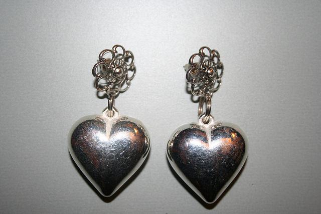 Come ridare splendore e pulire l'argento indiano con semplici mosse