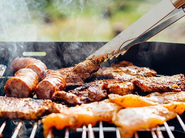 Comprare un barbecue: tutte le tipologie e i consigli utili