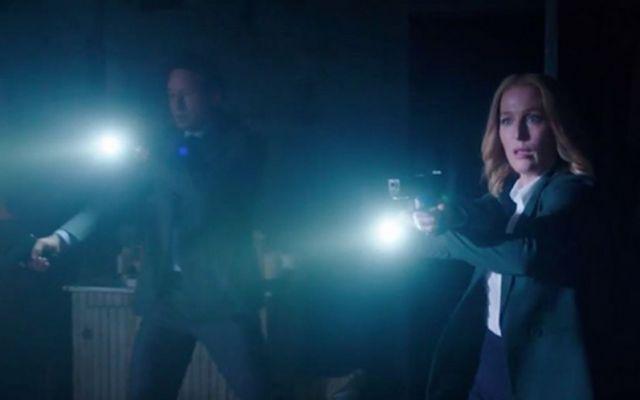 X-Files, gli agenti Mulder e Scully tornano in tv con la decima stagione