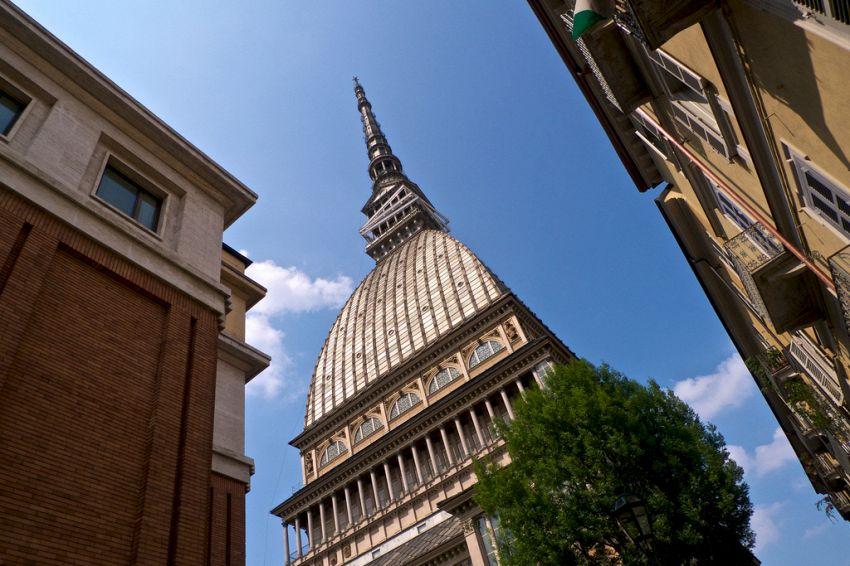 La Mole Antonelliana, simbolo di Torino, e il suo Museo del Cinema
