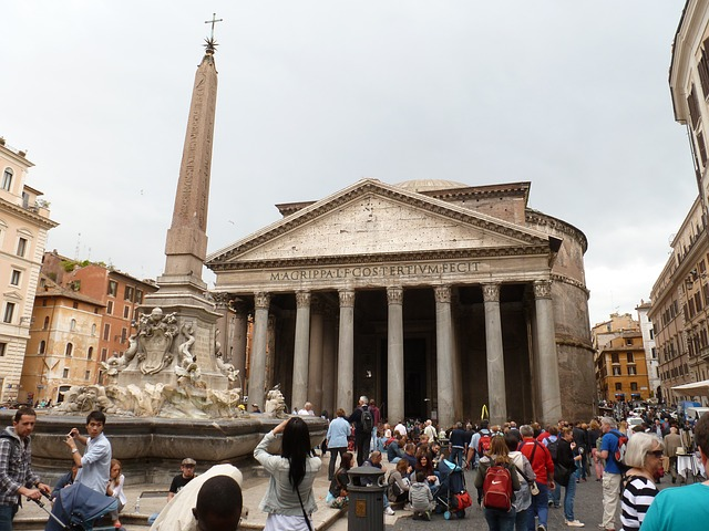 Il Pantheon di Roma: architettura, curiosità e orari d'ingresso