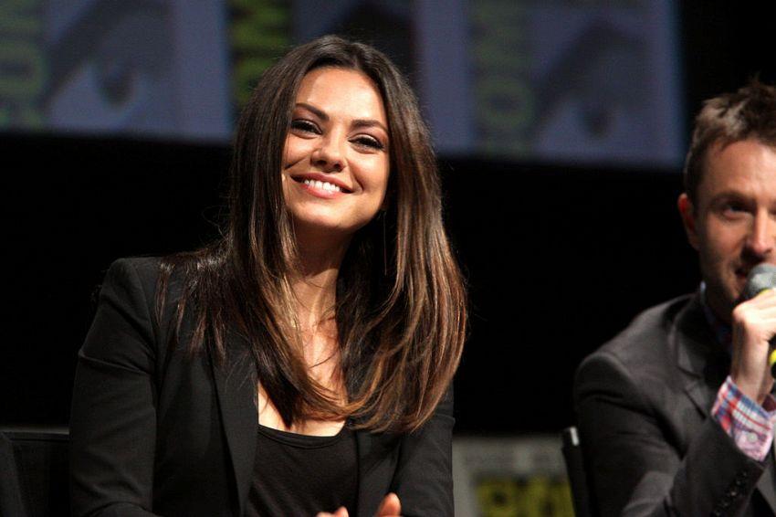 Mila Kunis, la bella attrice e moglie di Ashton Kutcher