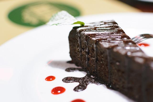 Tre ricette per preparare torte a base di cacao e cioccolato