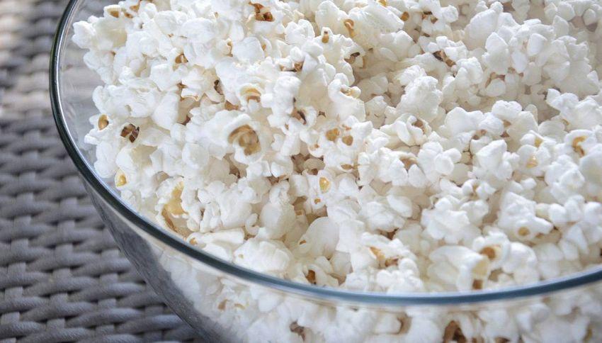 Torta di popcorn: un compleanno all'insegna dell'originalità