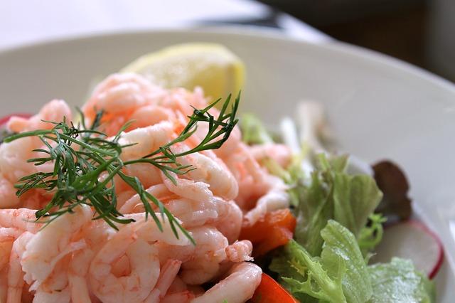Ricette per gustosi antipasti di pesce per le vostre cene for Ricette di pesce