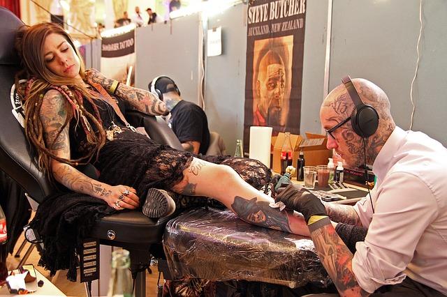 Tatuaggi, quando diventano un serio rischio per la salute?