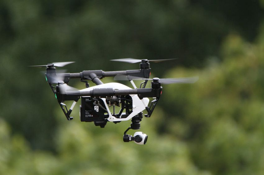 Droni, aerei e incidenti, il pericolo delle collisioni