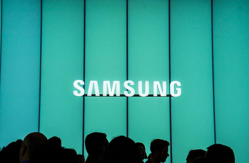 Samsung lancia Otto, un piccolo robot che sfida Amazon Echo