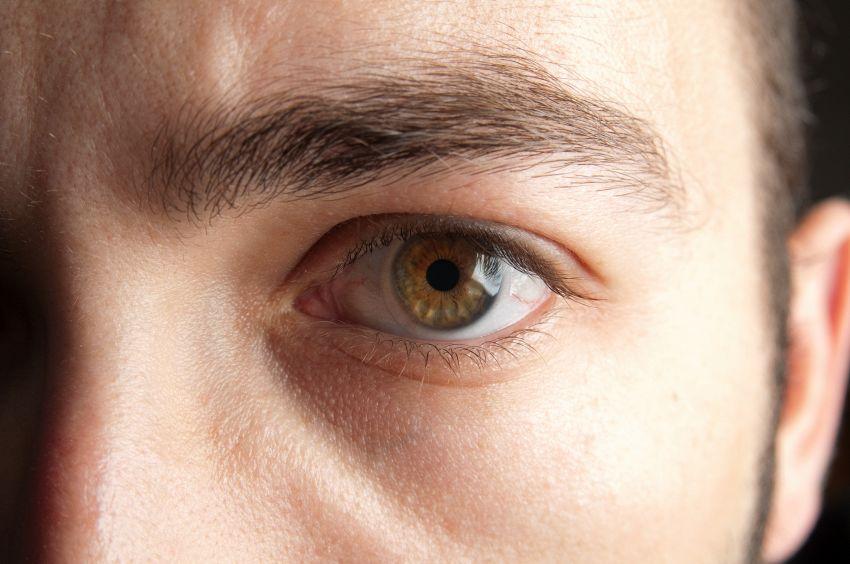 Google inventa le lenti a contatto da iniettare nell'occhio