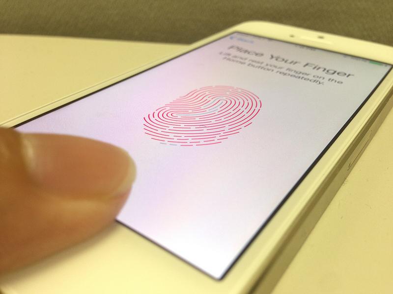 Avete segreti sul vostro iPhone? Allora non attivate il Touch ID