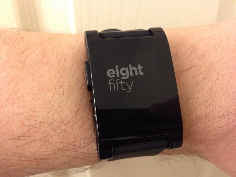 Pebble Smartwatch monitora il sonno e ti sveglia al momento giusto