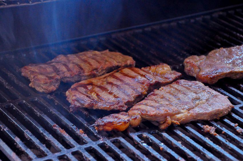 Dopo l'allarme OMS, un italiano su dieci ha rinunciato alla carne