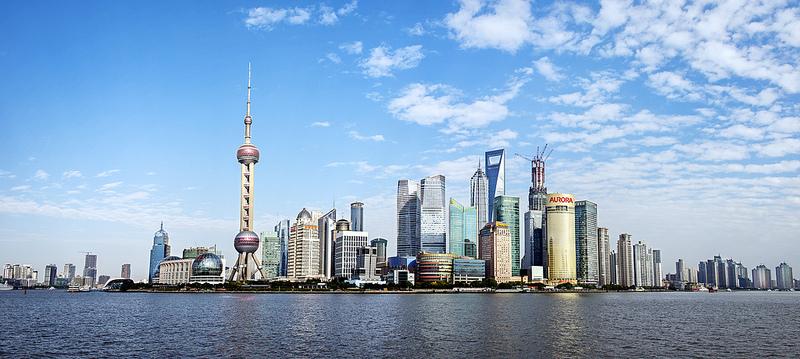 Inaugurazione mozzafiato in Cina, apre il ponte più alto del mondo