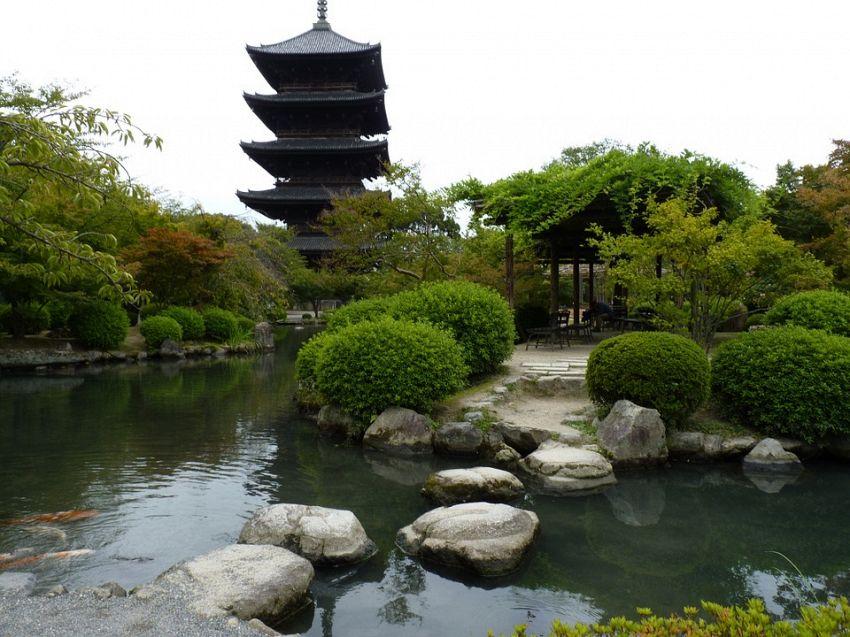 Giardino zen e yin yang significato del bianco e nero supereva - Giardini zen da esterno ...