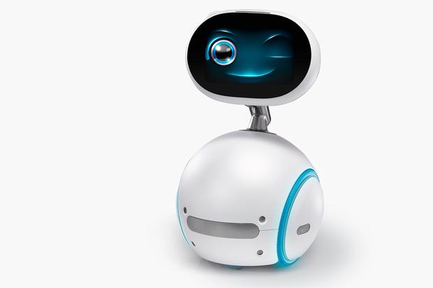 Asus Zenbo, il robot da compagnia per tutte le tasche