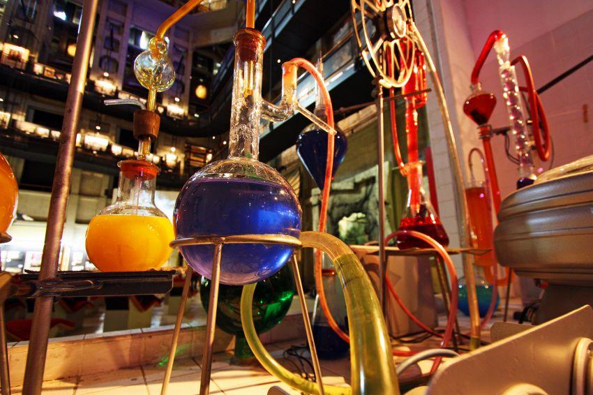 Chimica: che differenza c'è tra elemento e composto