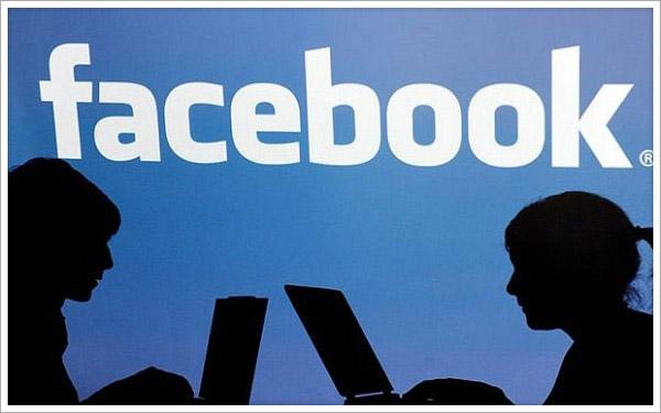 Cosa fare se qualcuno usa la tua bacheca di Facebook in modo offensivo