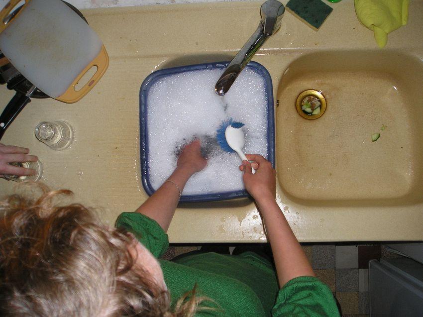 Bambini e piccoli aiuti, quali lavoretti possono fare in casa