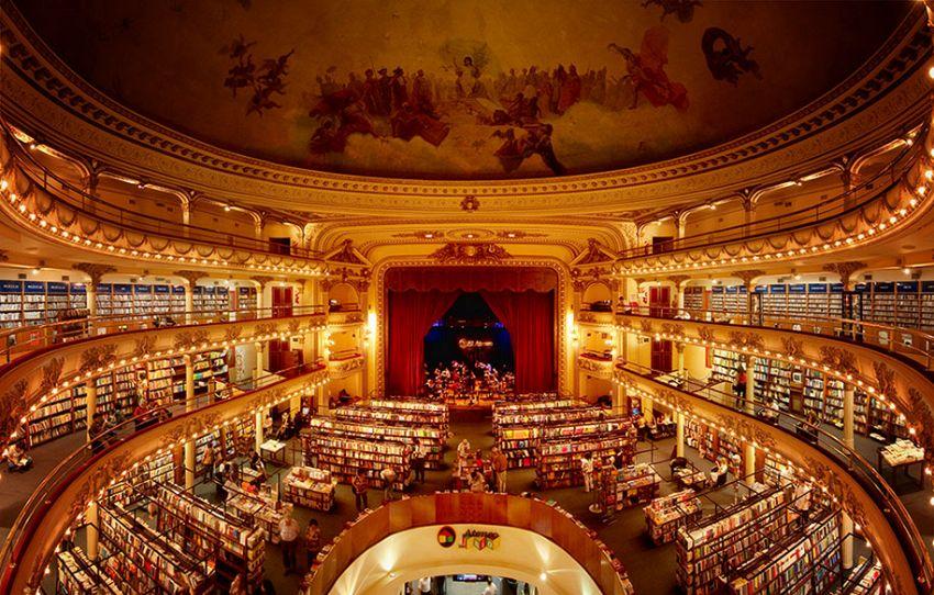 A Buenos Aires c'è una libreria ricavata da un vecchio teatro