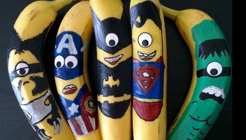 Il ragazzo inglese che guadagna 100 mila dollari decorando banane