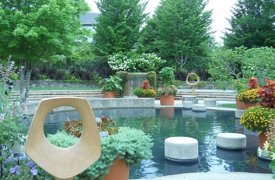 Come fare giardino zen da esterno sabbia rocce e piante - Azalee da esterno ...