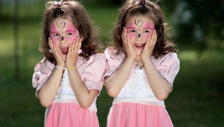 Avere un gemello allunga la vita: i risultati dello studio