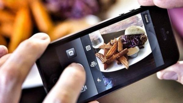 Vanno al ristorante ma non pagano il conto: rintracciati grazie a Instagram
