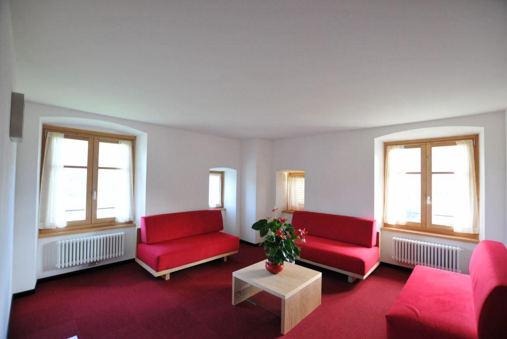 Arredare Soggiorno Con Colonne E Pilastri : Come arredare salotto walludeco open space cucina e