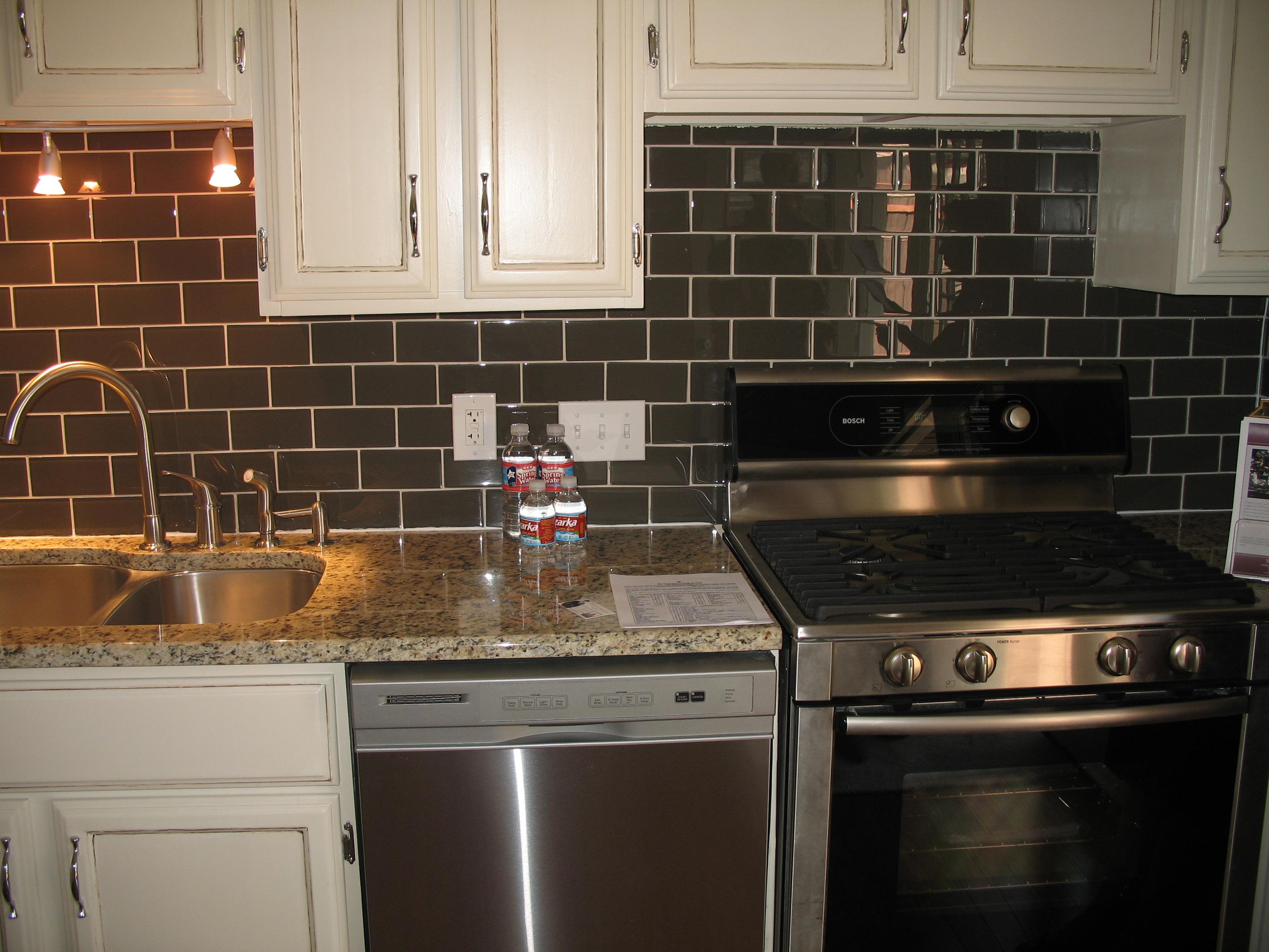 Cucina con piastrelle scure cucina con piastrelle scure supereva