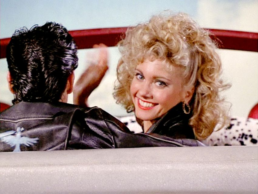 Grease: Sandy è morta per tutto il film. La teoria dei fan