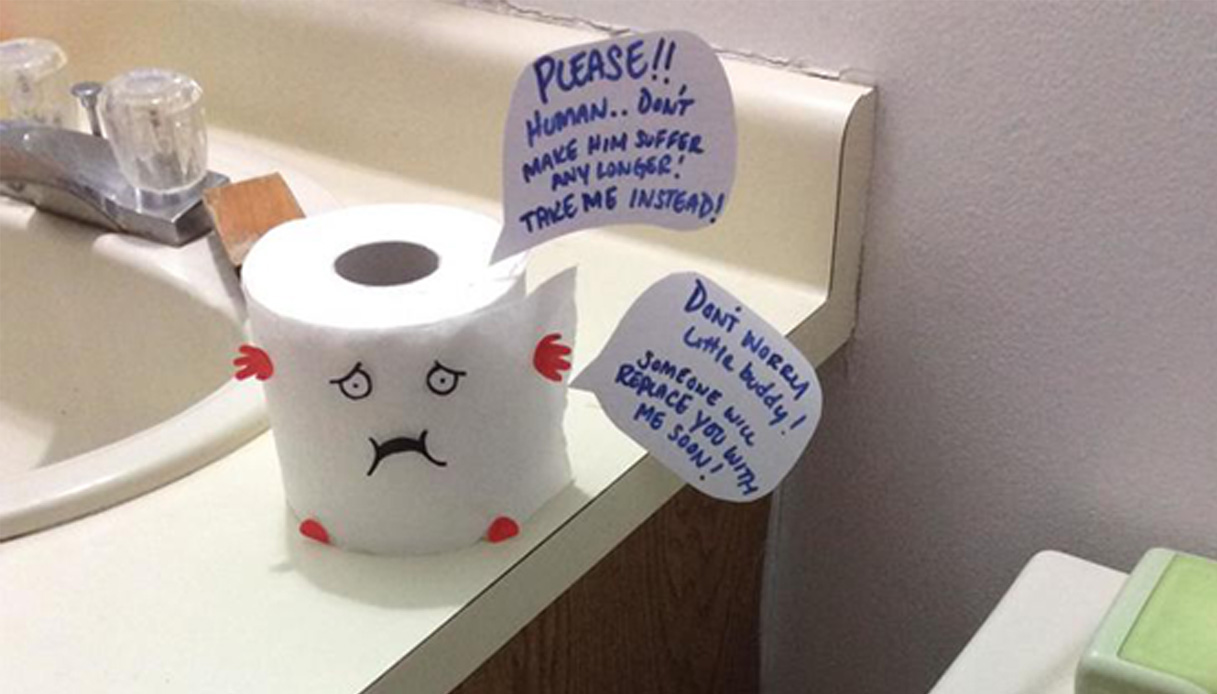 Rotoli Di Carta Igienica : Fidanzato non cambia rotolo di carta igienica lei lo convince