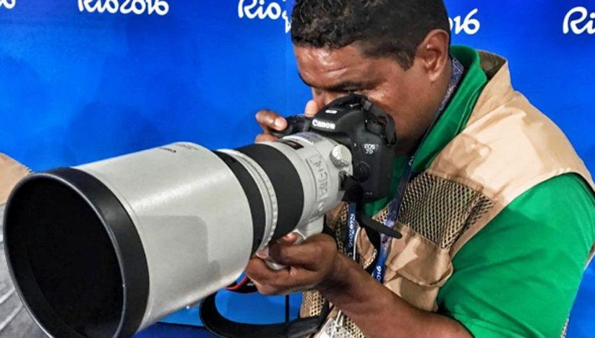 Joao, il fotografo che scatta senza vedere