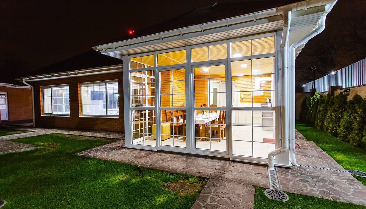Trendy il sogno di una veranda fai da te with costruire for Piani di veranda chiusa gratis