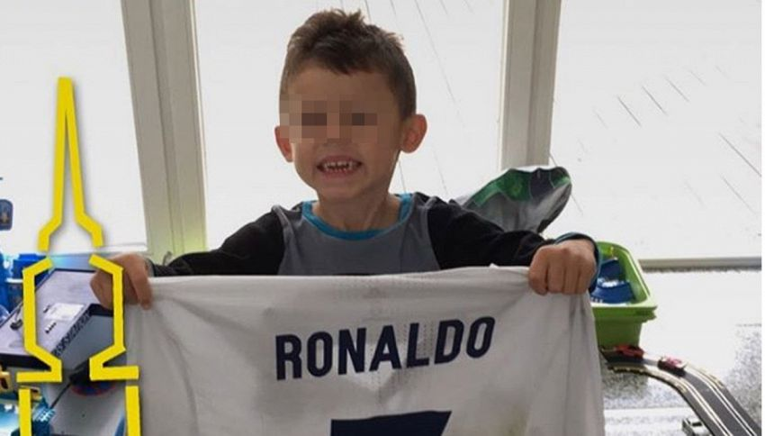 Il tenero regalo di Cristiano Ronaldo a baby Aubameyang