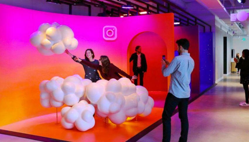 Entrando nei nuovi uffici di Instagram sembra di essere nel social