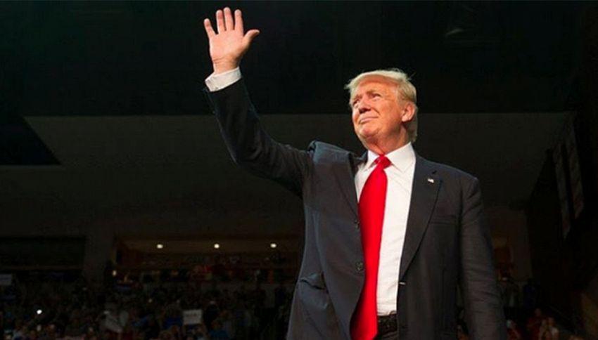 """Trump ai malati terminali: """"Non morite prima di votarmi"""""""